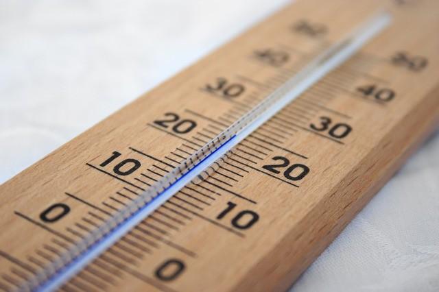 מה ההבדל בין חום לטמפרטורה?