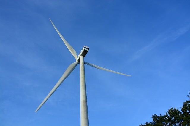 אנרגיה פוטנציאלית - אנרגיה קינטית