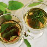 מה ההבדל בין תה ירוק, תה שחור ומאצ'ה: איזה מהם הוא בריא יותר?