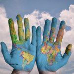מה ההבדל בין מפה לגלובוס?