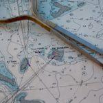מה ההבדל בין תרשים ימי למפה?